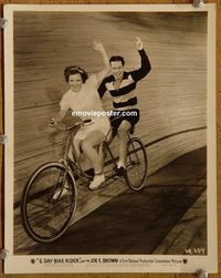 5502 6 DAY BIKE RIDER vintage 8x10 still '34 Joe E. Brown on bike!
