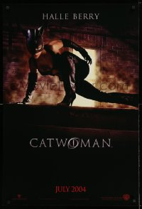2067UF CATWOMAN teaser DS 1sh '04 great image of sexy Halle Berry in mask & skimpy suit!