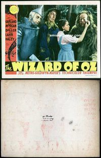 d002 WIZARD OF OZ movie lobby card '39 Dorothy wiping the tears!