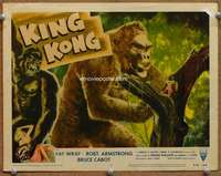m031 KING KONG movie lobby card #7 R56 Kong grabs Fay Wray!