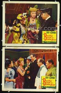 z089 BEAUTIFUL BLONDE FROM BASHFUL BEND 2 movie lobby cards '49 Grable