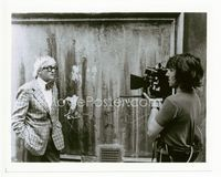 2d007 BIGGER SPLASH candid 8x10 '74 David Hockney being filmed on the set of this gay documentary!