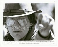 2d011 CLOSE ENCOUNTERS OF THE THIRD KIND candid 8x10.25 '77 c/u of super young Steven Spielberg!
