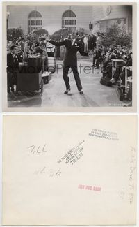 2d077 FLYING DOWN TO RIO 8x10 still '33 great full-length image of Fred Astaire singing and dancing!