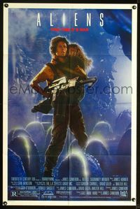 2r047 ALIENS one-sheet '86 James Cameron, Sigourney Weaver holding girl & gun, this time it's war!