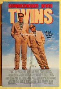 2r908 TWINS DS one-sheet movie poster '88 Arnold Schwarzenegger & Danny DeVito are unlikely twins!