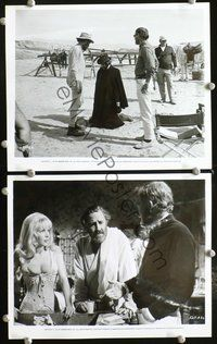3y292 BALLAD OF CABLE HOGUE 2 candid 8x10 stills '70 Sam Peckinpah directing & sexy Stella Stevens!
