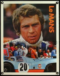 4r048 LE MANS linen special Gulf 18x22 '71 best c/u of race car driver Steve McQueen by his car!