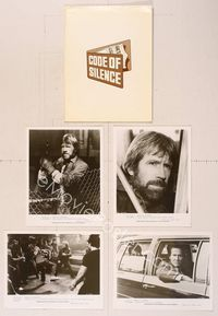 6z172 CODE OF SILENCE presskit '85 Chuck Norris is a good cop having a very bad day!