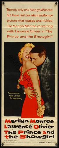 8y057 PRINCE & THE SHOWGIRL insert '57 Laurence Olivier nuzzles sexy Marilyn Monroe's shoulder!