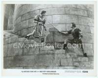 9g006 ADVENTURES OF ROBIN HOOD 8x10 still R56 Errol Flynn & Basil Rathbone duelling on the stairs!
