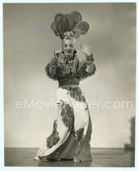 9g068 CARMEN MIRANDA 7.5x9.5 still '40s full-length portrait in cool outfit with outrageous hat!