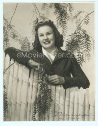 5g004 DEANNA DURBIN signed deluxe 10.75x13.75 still '40s portrait by picket fence by George Norris!
