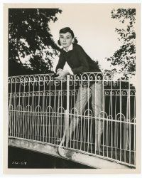 7b005 AUDREY HEPBURN 8x10 still '57 leaning over bridge railing from Love in the Afternoon!