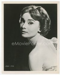 7b008 AUDREY HEPBURN 8x10 still '57 semi-profile head & shoulders c/u from Love in the Afternoon!