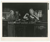 7b035 BUS STOP 8x10 still '56 sexy Marilyn Monroe between Hope Lange & Betty Field at counter!