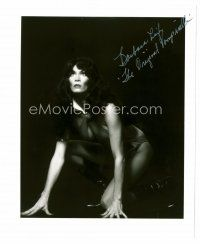 8s052 BARBARA LEIGH signed 8x10 REPRO still '80s sexy portrait of the original Vampirella!