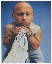 9a095 VERNE TROYER signed color 8x10 REPRO still '00s great close portrait of Mini Me!