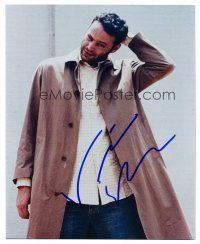 9g112 VINCE VAUGHN signed color 8x10 REPRO still '03 full-length portrait wearing trenchcoat!