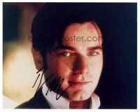 9k068 EWAN MCGREGOR signed color 8x10 REPRO still '01 great smiling close up of the Scottish star!
