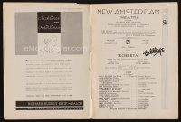 9w031 BOB HOPE signed playbill '33 when he appeared in the stage production of Roberta!