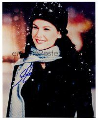 9z263 LAUREN GRAHAM signed color 8x10 REPRO still '02 portrait of the pretty star in the snow!
