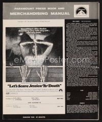 9z192 LET'S SCARE JESSICA TO DEATH pressbook '71 something very dead is after Zohra Lampert!
