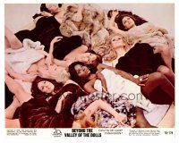 1m032 BEYOND THE VALLEY OF THE DOLLS color 8x10 still'70 Russ Meyer,c/u of 8 naked sexy girls on bed