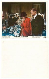 2a001 BREAKFAST AT TIFFANY'S color 8x10 still '61 Audrey Hepburn & George Peppard shop for diamonds!