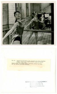 2a037 AUDREY HEPBURN English 8x10 still '52 c/u practicing ballet as Nora from Secret People!