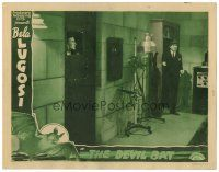 2j003 DEVIL BAT LC '40 Bela Lugosi enters his laboratory where a man is locked in an iron cell!