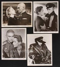 2r021 JOURNEY 32 8x10 stills '58 great images of Yul Brynner in uniform & sexy Deborah Kerr!