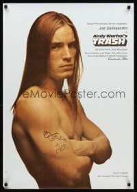 4r037 ANDY WARHOL'S TRASH German '71 c/u of barechested Joe Dallessandro, Andy Warhol classic!