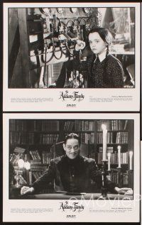 5a006 ADDAMS FAMILY presskit '91 Raul Julia, Christina Ricci, Christopher Lloyd, Anjelica Huston