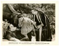 6r046 ABBOTT & COSTELLO MEET FRANKENSTEIN 8x10 still '48 Aubert between Bela Lugosi & Glenn Strange