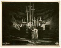 6w023 METROPOLIS German 9.25x11.5 LC #22 '27 Gustav Frolich & Brigitte Helm meet in catacombs!