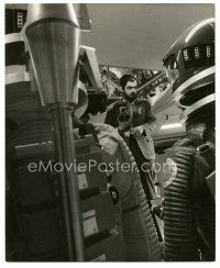 7w055 2001: A SPACE ODYSSEY candid 8x9.75 still '68 Stanley Kubrick examines the set close up!
