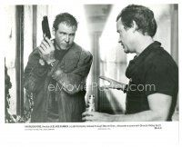 7w061 BLADE RUNNER candid 7.5x9.25 still '82 close up of Harrison Ford & director Ridley Scott!