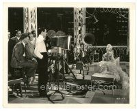 7w063 BROADWAY MELODY OF 1936 candid 8x10 still '35 Roy Del Ruth & Robert Taylor with June Knight!