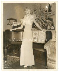 7w074 GAY DIVORCEE candid 8x10 still '34 wonderful c/u of young Ginger Rogers at home by Coburn!