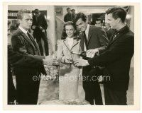 8j027 ALL THE FINE YOUNG CANNIBALS 8x10 still '60 George Hamilton pours Natalie Wood a drink!