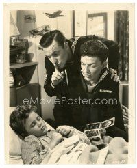 8j032 ANCHORS AWEIGH 8x9.75 still '45 sailors Frank Sinatra & Gene Kelly put child to sleep!