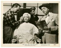 8j054 BAD & THE BEAUTIFUL 8x10 still '53 great c/u of sexy Lana Turner in makeup chair!
