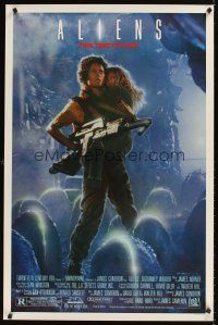 9k049 ALIENS Ripley style 1sh '86 James Cameron, cool image of Sigourney Weaver & Carrie Henn!