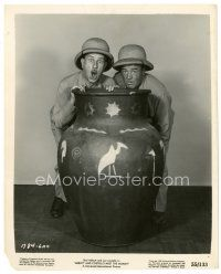 1m012 ABBOTT & COSTELLO MEET THE MUMMY 8x10 still '55 c/u of Bud & Lou hiding behind giant urn!