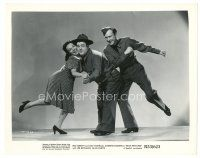 1m078 BUCK PRIVATES 8x10 still R53 Bud Abbott dancing behind Lou Costello & Jane Frazee!