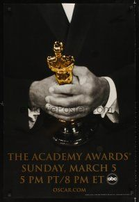 2c011 78th ANNUAL ACADEMY AWARDS DS 1sh '05 cool Studio 318 design of man in suit holding Oscar!
