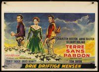 6a054 THREE VIOLENT PEOPLE Belgian '56 art of Anne Baxter between Charlton Heston & Gilbert Roland
