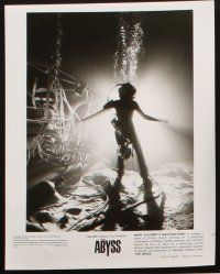 6f007 ABYSS presskit w/ 18 stills '89 directed by James Cameron, Ed Harris, lots of cool content!