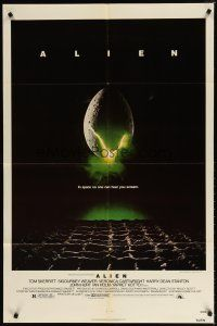7h038 ALIEN 1sh '79 Ridley Scott outer space sci-fi classic, cool hatching egg image!